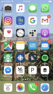 iPhone home screen overloaded with apps